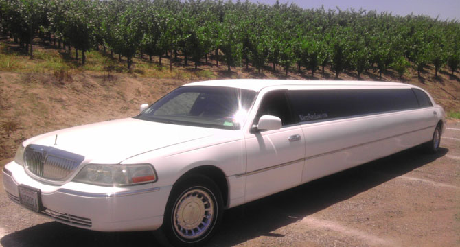 White Lincoln Limo