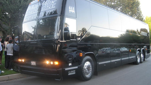 Large Corporate Bus Transfer Los Angeles