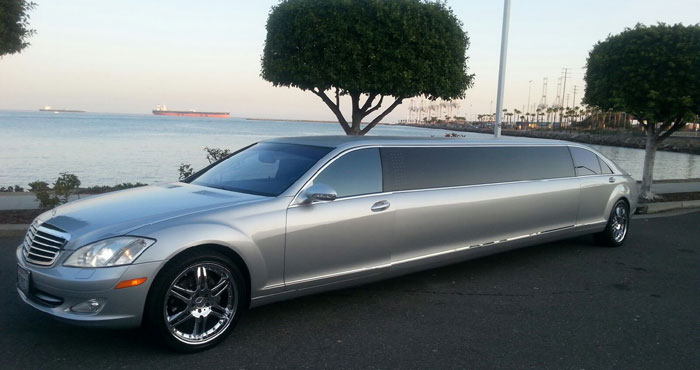 Rent Limo in Huntington Beach